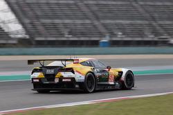 拉伯竞技车队50号克尔维特C7.R赛车:保罗·鲁贝蒂、吉安卢卡·罗达、尼古拉·西尔维斯特