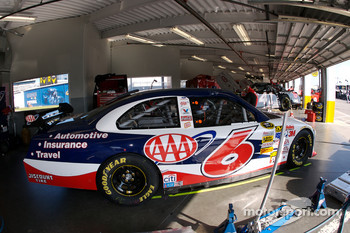AAA Ford garage area
