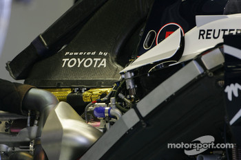 Williams FW30, Technical detail, engine