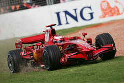 Kimi Raikkonen, Scuderia Ferrari in the gravel