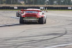 #46 Flying Lizard Motorsports Porsche 911 GT3 RSR: Johannes van Overbeek, Patrick Pilet, Richard Lietz