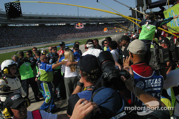 Carl Edwards crew celebrate his win