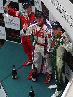 Winner, 1st, Jonathan Summerton, driver of A1 Team USA, 2nd, Filipe Albuquerque, driver of A1 Team Portugal, 3rd, Adam Carroll, driver of A1 Team Ireland