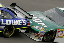 Jimmie Johnson gets a push from Dale Earnhardt Jr.