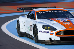 Aston Martin DBR9 GT1 on track