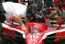 Dan Wheldon gets instructions from Brian Barnhart