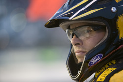 A Matt Kenseth's crew member watches the Dodge Challenger 500