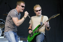 Brad Arnold, lead singer for 3 Doors Down, performs