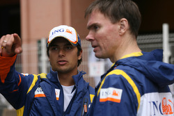 Nelson A. Piquet, Renault F1 Team and Alan Permaine, Renault F1 Team, Engineer