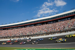 Kyle Busch and Kasey Kahne leads the field to the backstretch