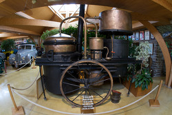 An alcohol boiler