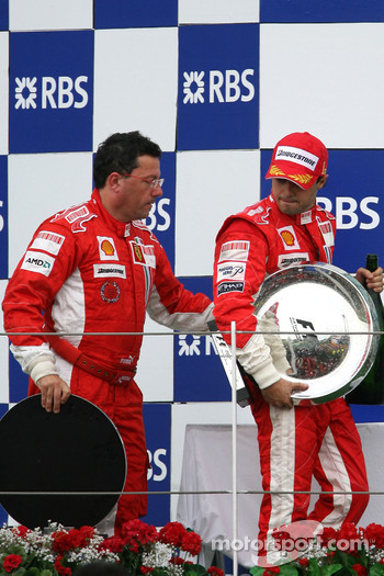 Podium: race winner Felipe Massa with Luca Baldisserri