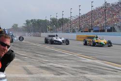 Marco Andretti and Will Power on pit road