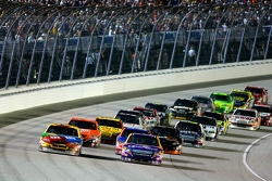 Kyle Busch and Jamie McMurray lead the field on a restart