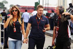 (L to R): Federica Masolin, Sky F1 Italia Presenter with Davide Valsecchi, Sky F1 Italia Presenter