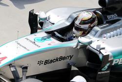 Tweede plaats Lewis Hamilton, Mercedes AMG F1 W06 in parc ferme