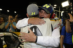 Jeff Gordon, Hendrick Motorsports Chevrolet with team owner Rick Hendrick
