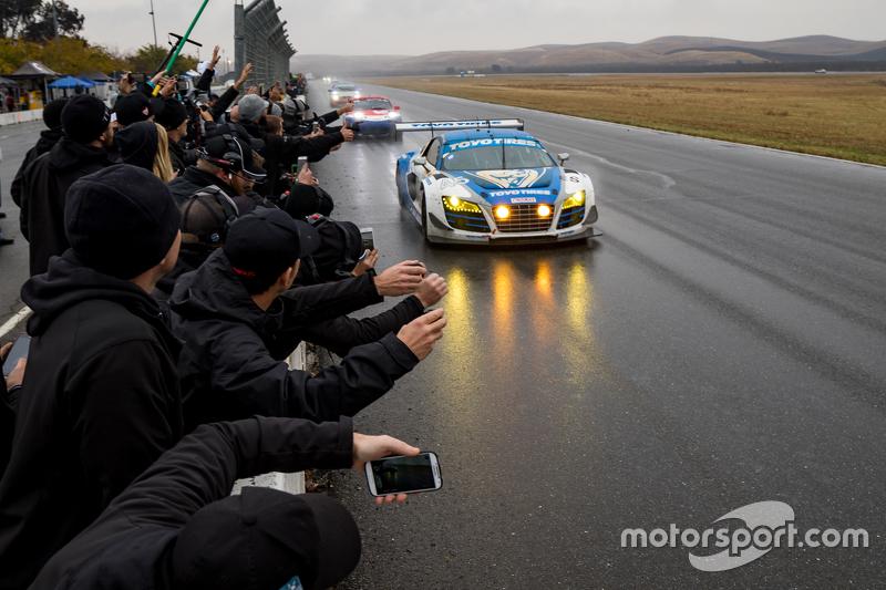 7. #45 Flying Lizard Motorsports Audi R8 LMS: Darren Law, Tomonobu Fujii, Johannes van Overbeek, Guy Cosmo takes the win