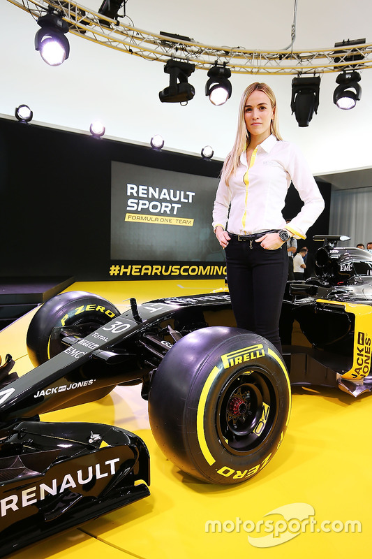 f1-renault-f1-team-rs16-launch-2016-carm