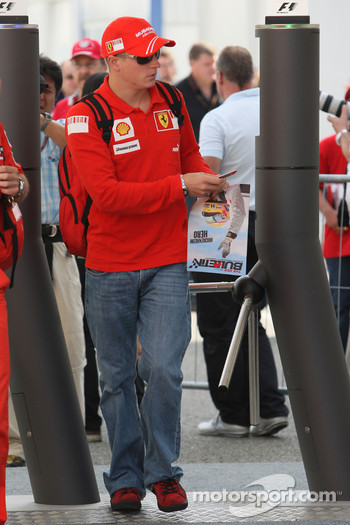 Kimi Raikkonen, Scuderia Ferrari arrives at the track at 10.30