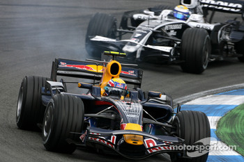 Mark Webber, Red Bull Racing, Nico Rosberg, Williams F1 Team