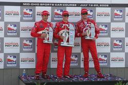Podium: race winner Ryan Briscoe, second place Helio Castroneves, third place Scott Dixon