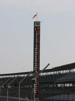 Jimmie Johnson's #48 sits atop the scoring pylon