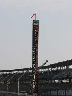 Jimmie Johnson's #48 sits atop the scoring pylon