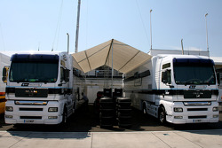 Williams F1 Team trucks