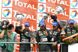 GT1 podium: second place Miguel Ramos, Alexandre Negrao, Stéphane Lemeret and Alessandro Pier Guigi