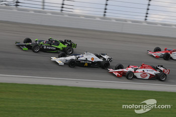 Mario Moraes, Graham Rahal, and Ernesto Viso run together