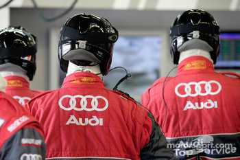 Audi Sport Team Joest pit area