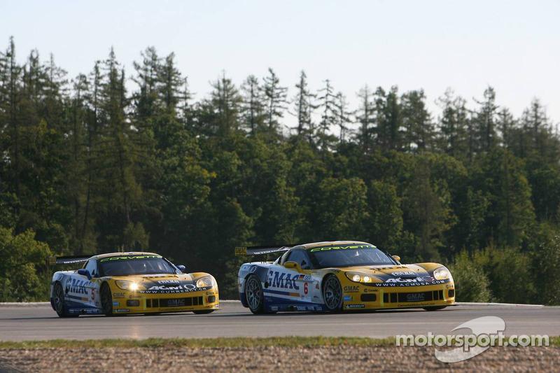 #6 Phoenix Racing Corvette Z06: Mike Hezemans, Fabrizio Gollin, #5 Phoenix Racing Corvette Z06: Marcel Fassler, Jean-Denis Deletraz