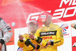 GT500 podium: class and overall winners Ronnie Quintarelli and Naoki Yokomizo