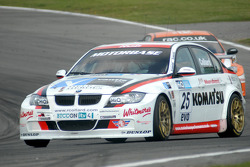 Rob Collard leads Colin Turkington