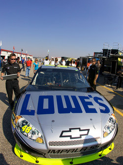 Lowe's Chevy in tech inspection line