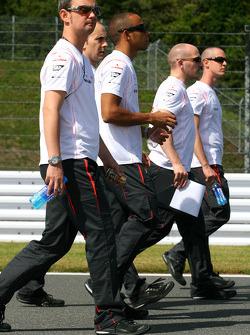 Lewis Hamilton, McLaren Mercedes and his engineers