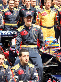 Scuderia Toro Rosso team shot, Sebastian Vettel