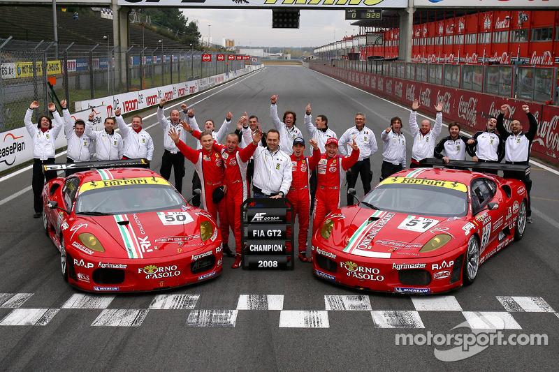GT2 champion photoshoot: #50 AF Corse Ferrari F430: Toni Vilander, Gianmaria Bruni and #51 AF Corse Ferrari F430: Thomas Biagi, Christian Montanari