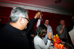 Dr Vijay Mallya Force India F1 Team Owner and Andy Stevenson at the Fly Kingfisher Boat Party