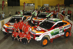 Repsol Mitsubishi Ralliart Team photoshoot: driver Stéphane Peterhansel and co-driver Jean-Paul Cottret, driver Luc Alphand and co-driver Gilles Picard, driver Hiroshi Masuoka and co-driver Pascal Maimon, driver Nani Roma and co-driver Lucas Cruz Senra