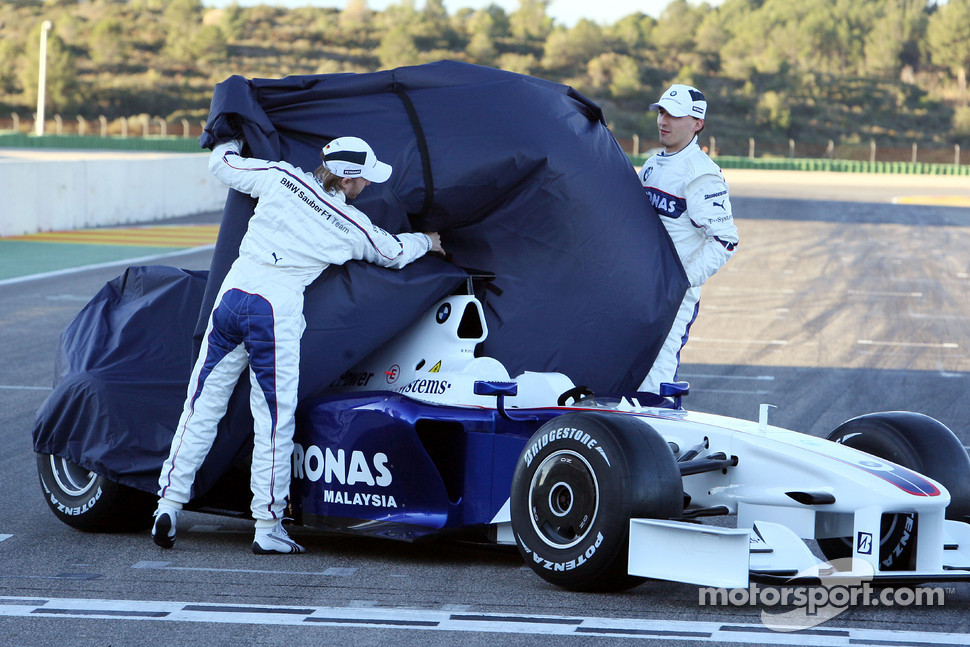 Nick Heidfeld and Robert Kubica unveil the new BMW Sauber F1.09