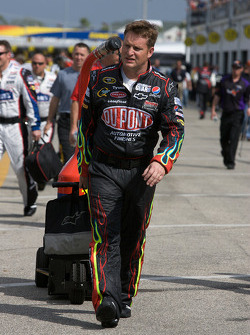Hendrick Motorsports Chevrolet crew member heads to pit area