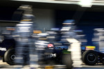Kazuki Nakajima, Williams F1 Team, FW31, pitstop