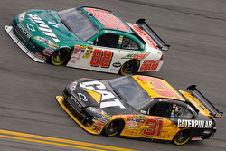 Jeff Burton, Richard Childress Racing Chevrolet, Dale Earnhardt Jr., Hendrick Motorsports Chevrolet