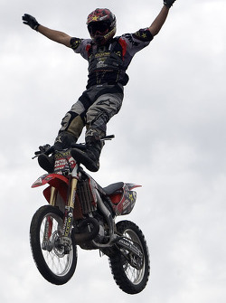 The Metal Mulisha crew puts on a extreme stunt show in the Fan Zone