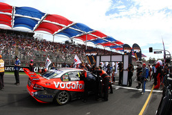 Jamie Whincup sits on pole for the Clipsal 500