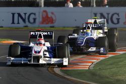 Robert Kubica, BMW Sauber F1 Team, F1.09 leads Nico Rosberg, Williams F1 Team, FW31