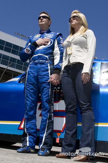 Kurt Busch, Penske Racing Dodge, with wife Eva
