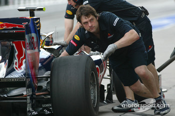 Toro Rosso mechanics